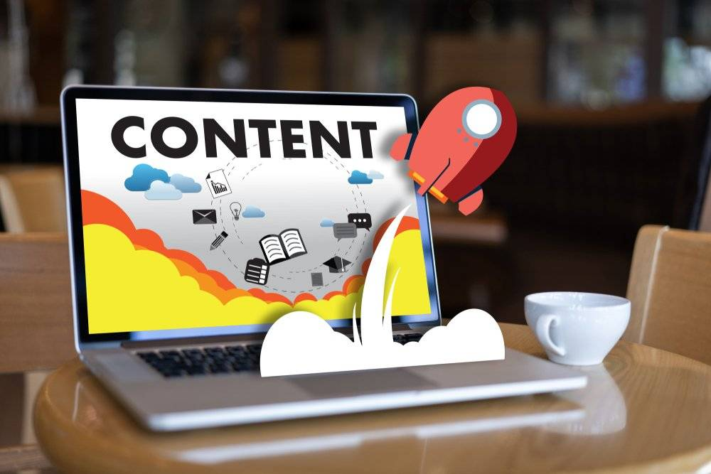 Masteradz Content Marketing on a laptop with rocket flying